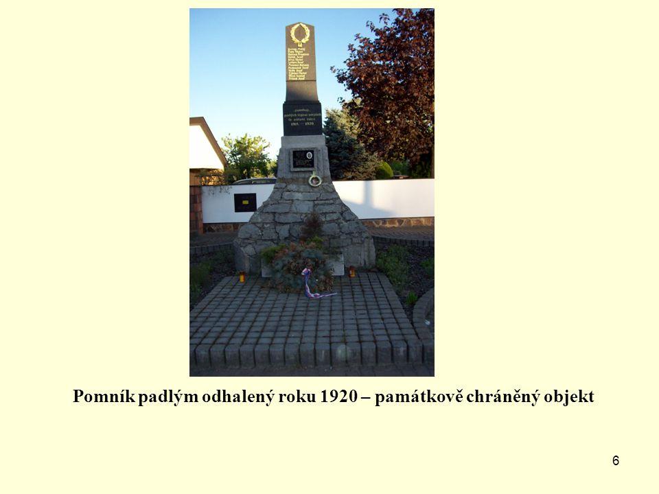 5 Socha sv. Josefa z r. 1717 při silnici z Lužan do Přeštic památkově chráněný objekt