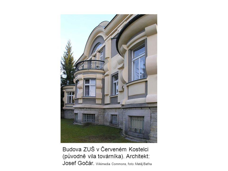 Budova ZUŠ v Červeném Kostelci (původně vila továrníka). Architekt: Josef Gočár. Wikimedia Commons, foto: Matěj Baťha