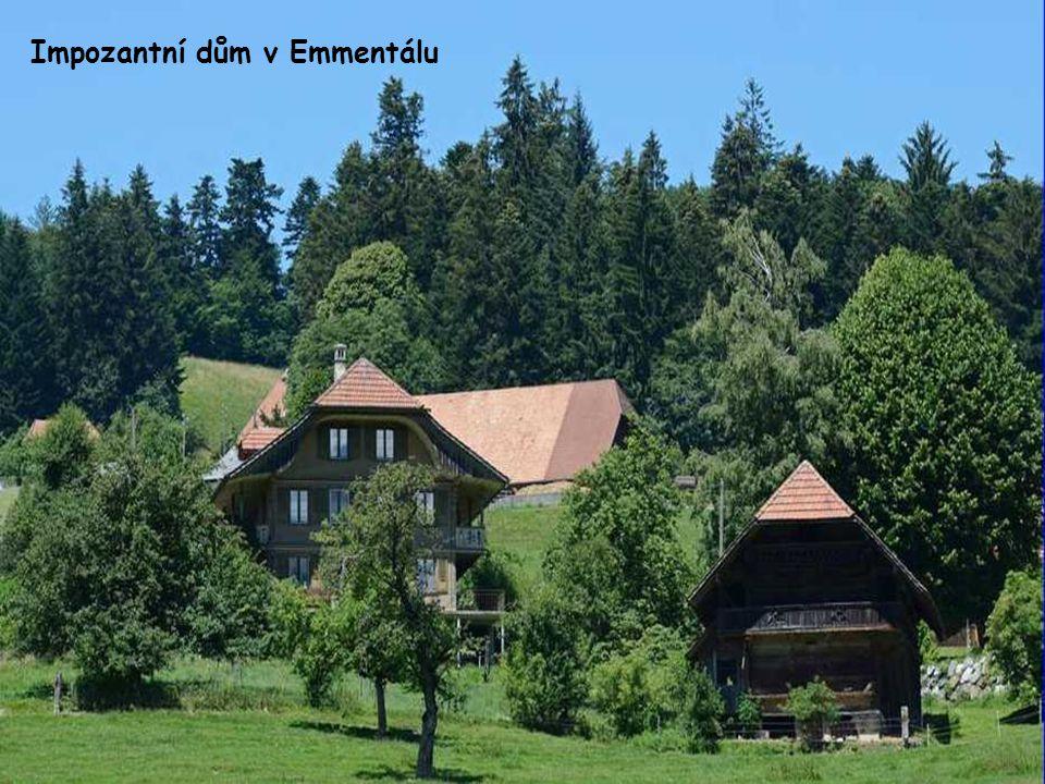 Modré jezero v Oberlandu (Tyrolská vysočina)