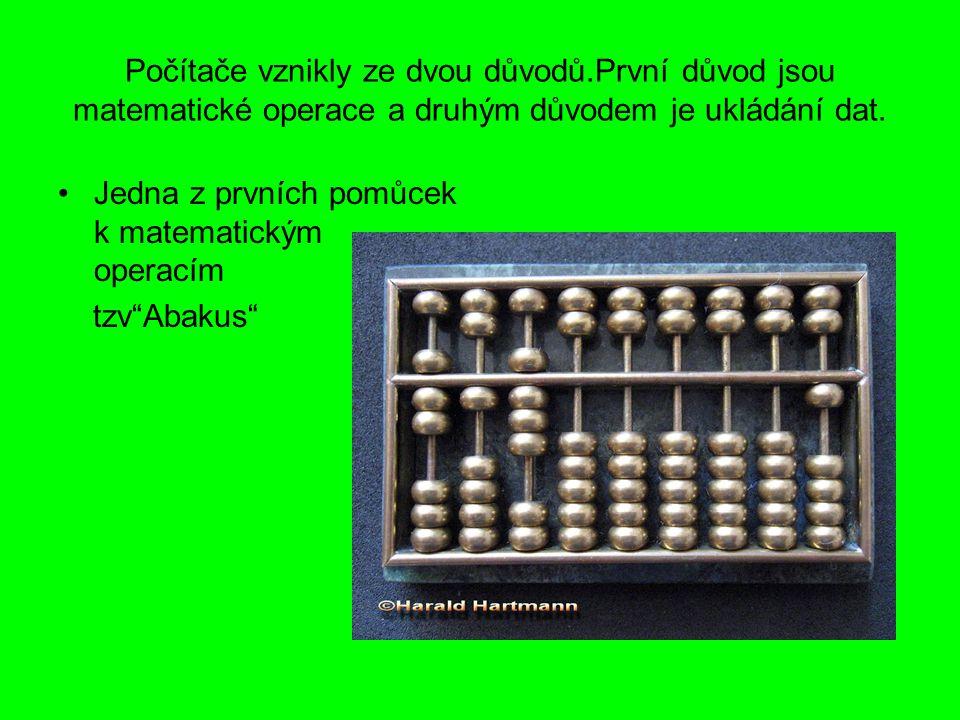 V 17.století byly sestaveny první logaritmické tabulky a následovalo logaritmické pravítko.
