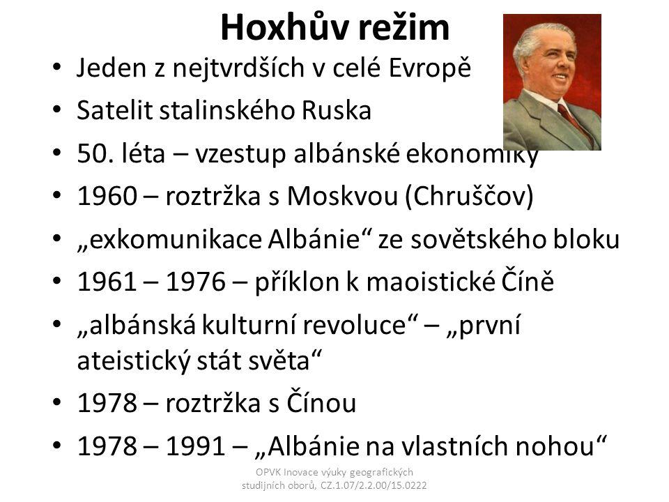 "Hoxhův režim Jeden z nejtvrdších v celé Evropě Satelit stalinského Ruska 50. léta – vzestup albánské ekonomiky 1960 – roztržka s Moskvou (Chruščov) ""e"