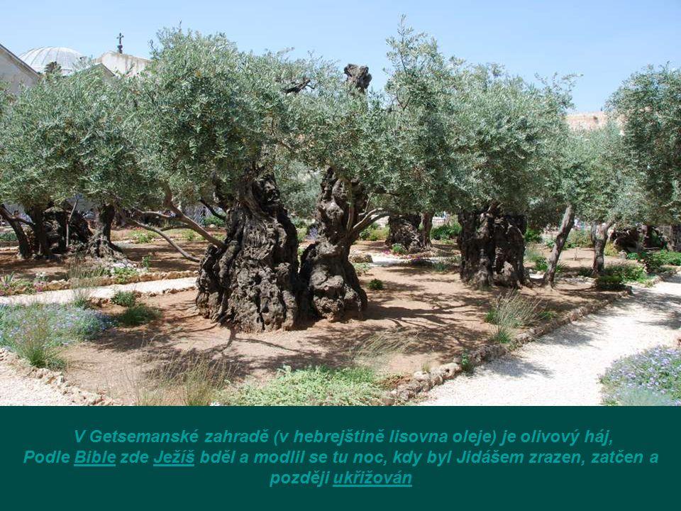 Jad Avšalóm (doslova Ruka Abšalómova) je hrobka, která se nachází v údolí Kidron v Jeruzalémě, mezi Chrámovou horou a Olivovou horou. Archeologové dat