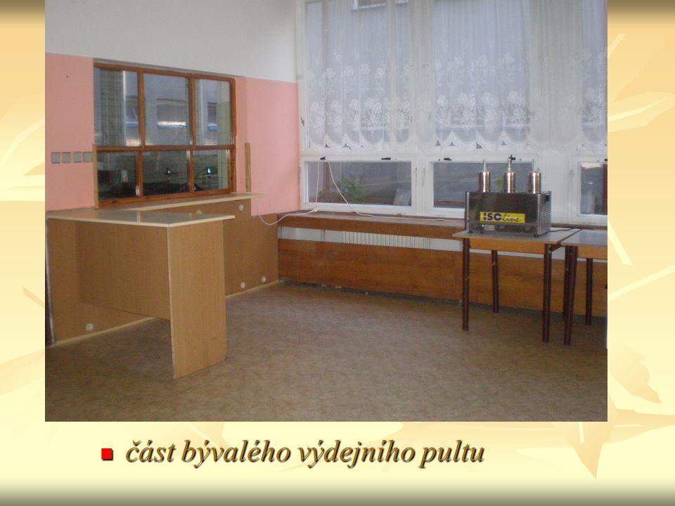 odkládací místo na použité nádobí odkládací místo na použité nádobí