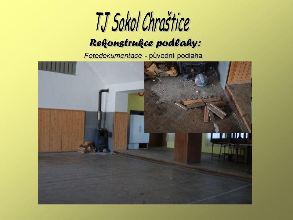 Fotodokumentace - pokládání podlahy Rekonstrukce podlahy: