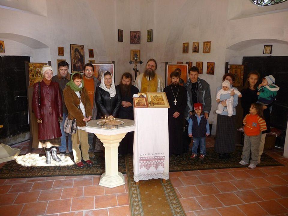 Vyhodnocení dotazníku pro farníky Záchrana a využití kostela Svaté Kateřiny a kostela Nejsvětější Trojice v Havlíčkově Brodě Farníci si vyzvedli 155 formulářů.