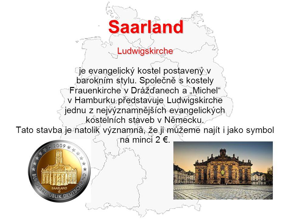 """Saarland Ludwigskirche je evangelický kostel postavený v barokním stylu. Společně s kostely Frauenkirche v Drážďanech a """"Michel"""" v Hamburku představuj"""