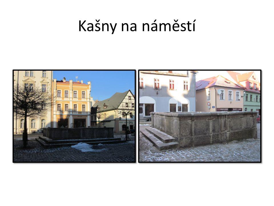 Kašny na náměstí