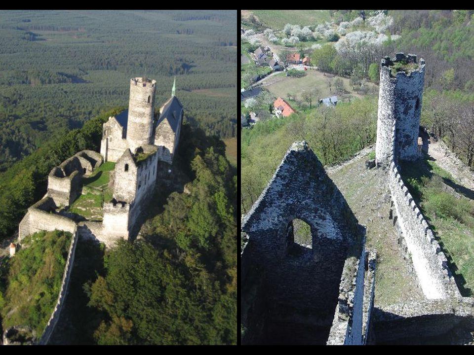 Gotický hrad byl postaven Přemyslem Otakarem II. v letech 1264-78