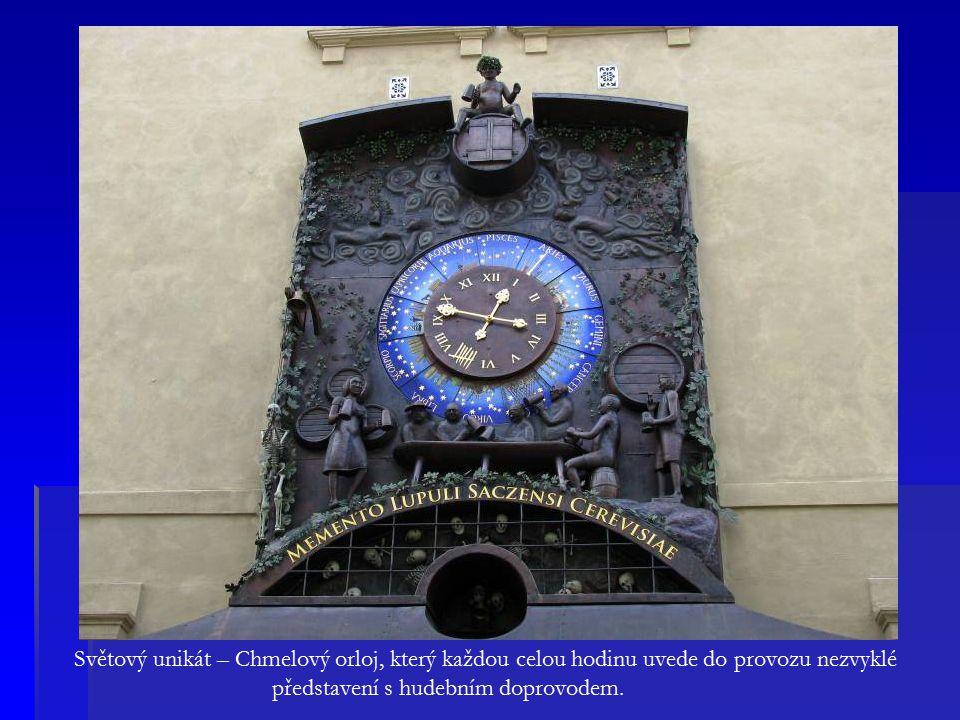 Světový unikát – Chmelový orloj, který každou celou hodinu uvede do provozu nezvyklé představení s hudebním doprovodem.