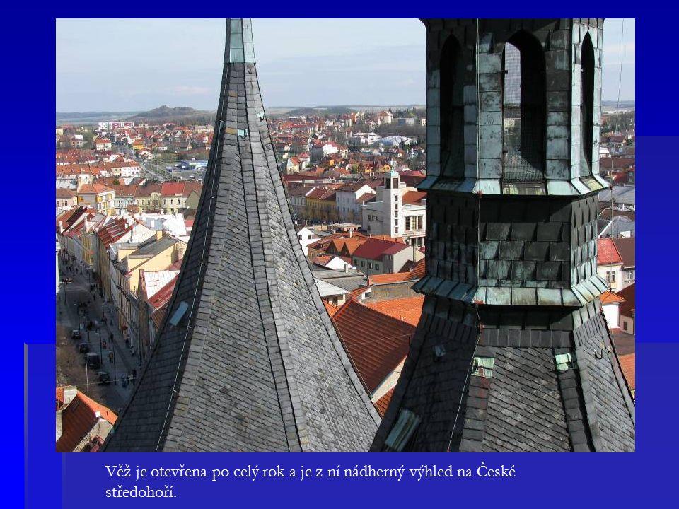 Věž je otevřena po celý rok a je z ní nádherný výhled na České středohoří.