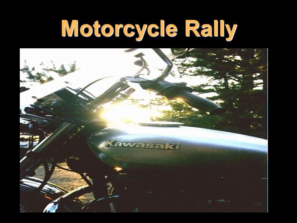 Protože Harley-Davidson vyžaduje díky svému nepřetržitému třasu každotýdenní kontrolu (mému nedbalému kamarádovi harlejákovi upadávaly při jízdě kusy motorky), dávají někteří řidiči přednost spolehlivosti před módností a jezdí na motorkách Kawasaki.