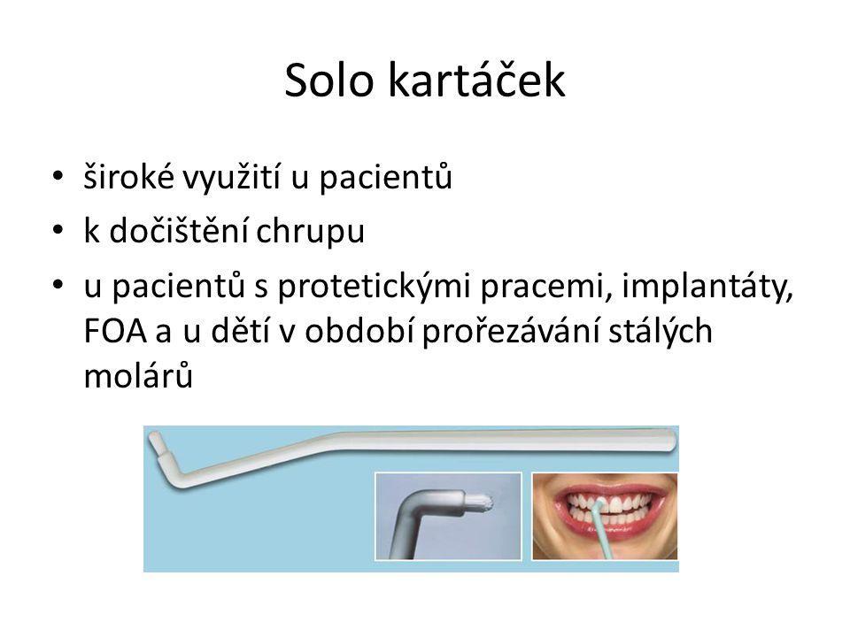 Solo kartáček široké využití u pacientů k dočištění chrupu u pacientů s protetickými pracemi, implantáty, FOA a u dětí v období prořezávání stálých molárů