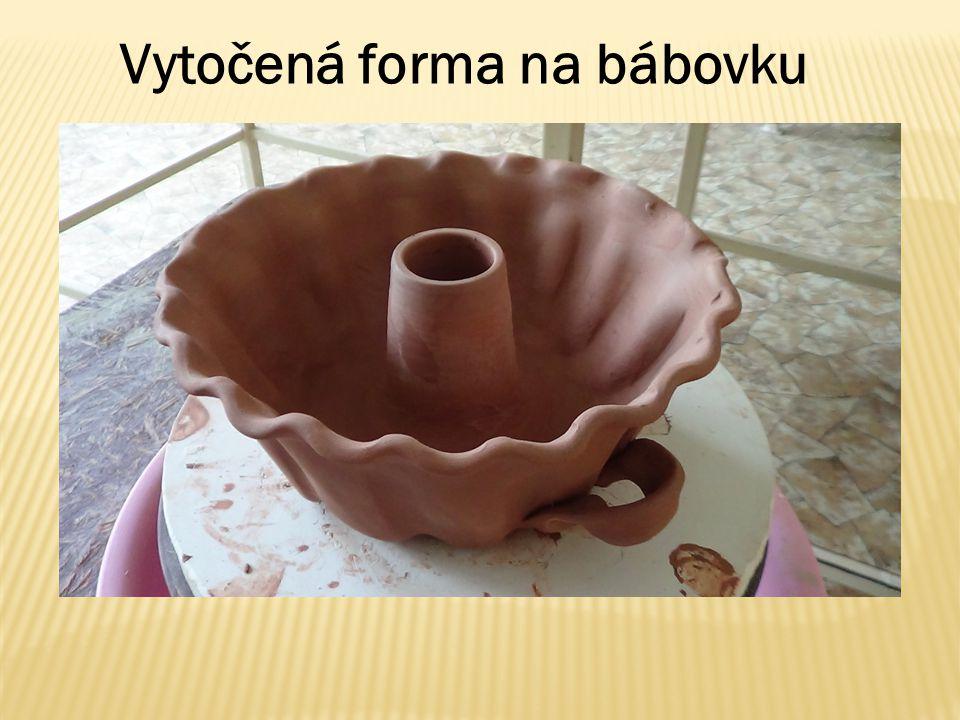 Vytočená forma na bábovku