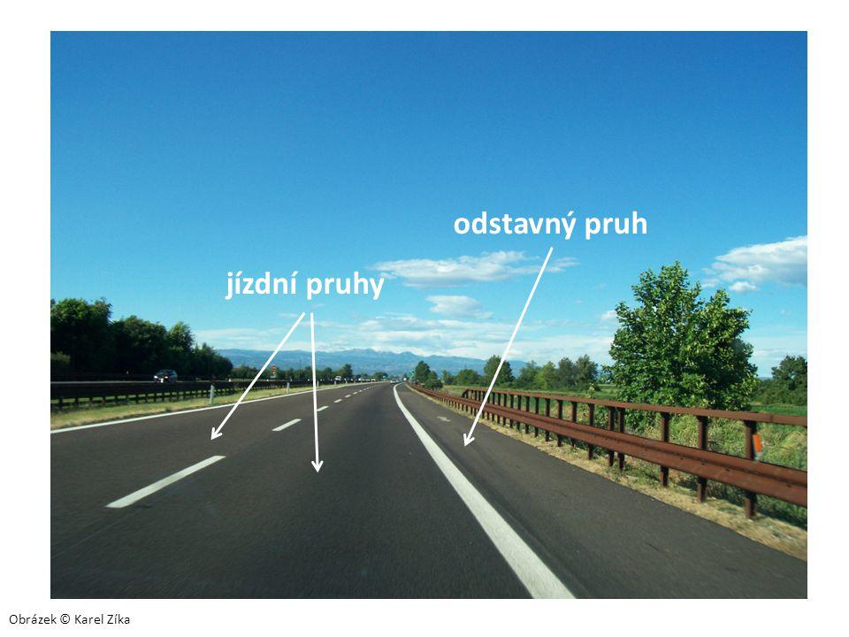 jízdní pruhy odstavný pruh Obrázek © Karel Zíka