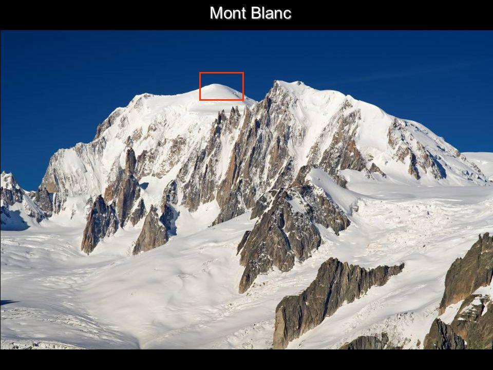 Mont Blanc y Refugio de Couvercle Toto útočiště má výhled na Mont Blanc !