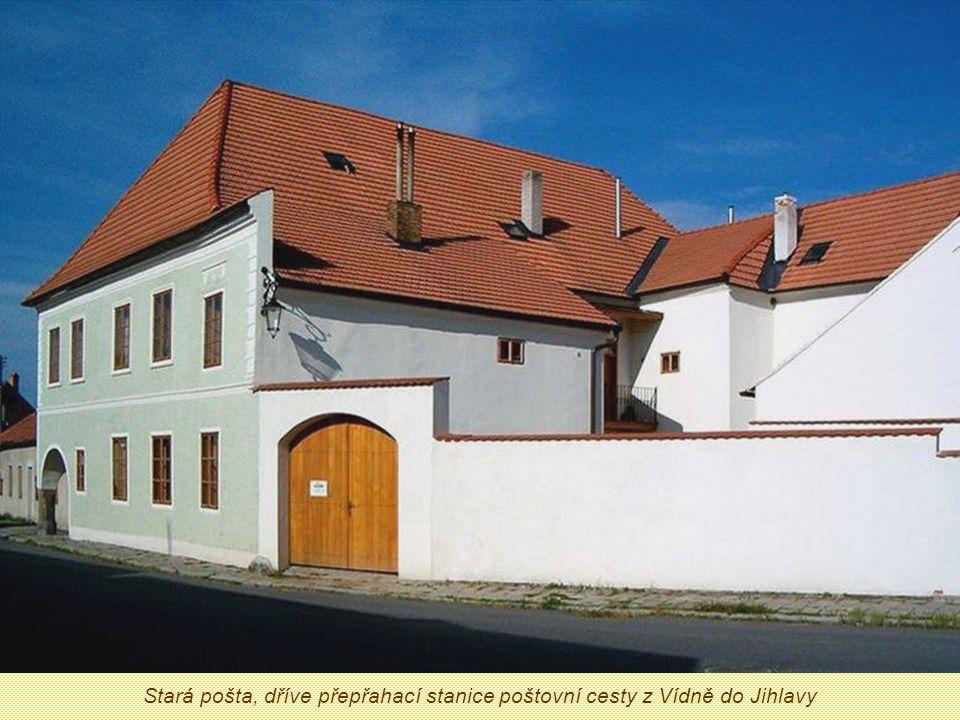 Slavonice – renesanční perla uprostřed hraničních lesů Krása příhraničního městečka se rodila od 12.
