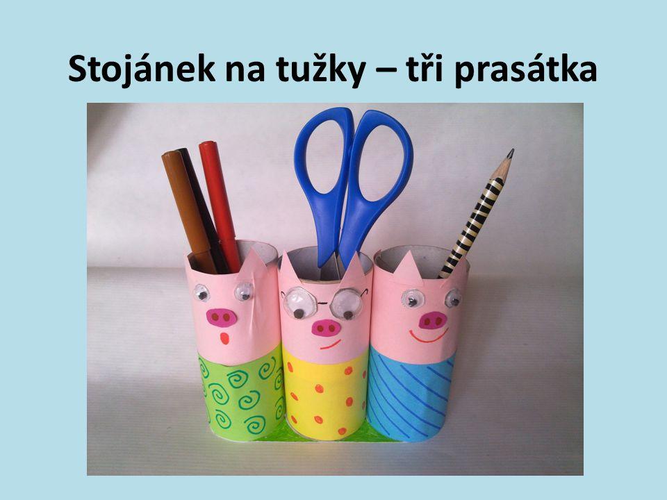 Stojánek na tužky – tři prasátka