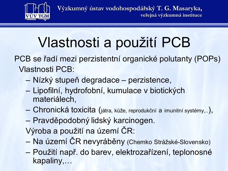 PCB se řadí mezi perzistentní organické polutanty (POPs) Vlastnosti PCB: –Nízký stupeň degradace – perzistence, –Lipofilní, hydrofobní, kumulace v bio