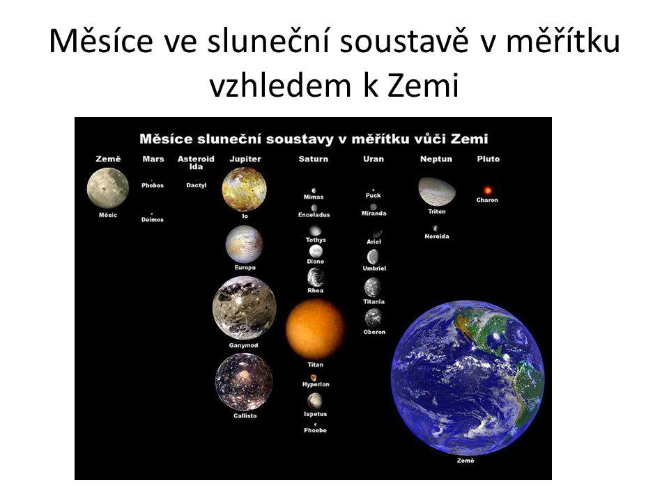 Umělá družice J e to umělé kosmické těleso, které se pohybuje v prvním přiblížení po uzavřené křivce (oběžné dráze, přibližně po elipse) kolem přirozeného kosmického tělesa, např.