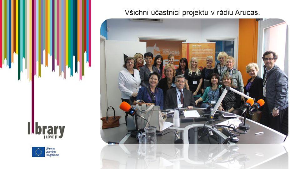 Všichni účastnici projektu v rádiu Arucas.