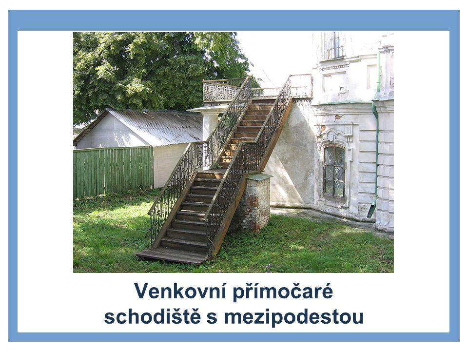 Křivočaré schodiště