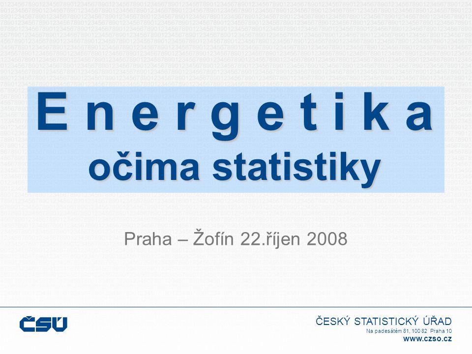 """ČESKÝ STATISTICKÝ ÚŘAD Na padesátém 81, 100 82 Praha 10 www.czso.cz  Obnovitelné zdroje Vývoj palivoenergetického hospodářství v letech 2000 a 2004 až 2007 Vodní elektrárny Pevná biomasa a odpady Bioplyn Metylester řepkového oleje (MEŘO) Energie větru Fotovoltaické systémy Solární kolektory Tepelná čerpadla  Statistická zjišťování v oblasti """"obnovitelných zdrojů probíhají v ČR až v posledních letech po zavedení mezinárodního dotazníku IEA/OECD """"Obnovitelné zdroje a odpady"""