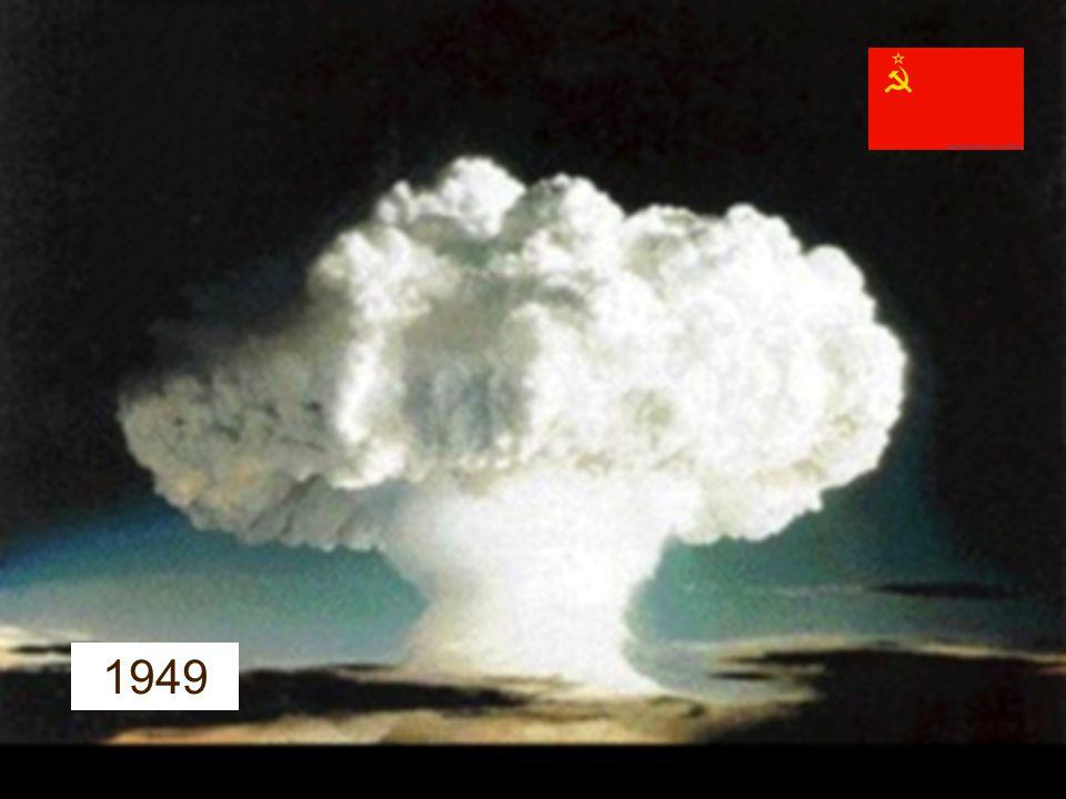 19 OPTICKÉ PISTOLE (MYŠ ??) KOMUNIKACE MODEM PDP (1960) SEMI-AUTOMATIC-GROUND-ENVIROMENT 1951 1961 1984 SILICON VALEY