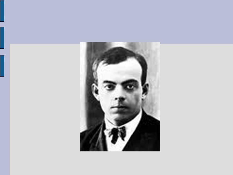 """Spisovatel, letec, filozof, humanista Ze šlechtické rodiny Studium ve Švýcarsku Neúspěch při přijímacím řízení na námořní akademii, studium architektury 1921: nastoupil vojenskou službu, na vlastní žádost k letectvu, zraněn Zlepšení vztahů Francie a Španělska jeho zásluhou (Kurýr na jih) Hledal ztracené kolegy piloty (Noční let) Obětavý, pracovitý, ale po zranění shledán """"neschopným válečných letů Při letu z Korsiky do Francie 1944 se jeho letadlo ztratilo, trosky nalezeny až 2000 poblíž Marseille"""