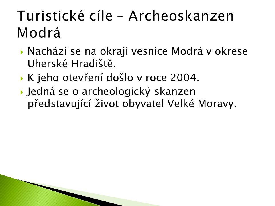  Nachází se na okraji vesnice Modrá v okrese Uherské Hradiště.  K jeho otevření došlo v roce 2004.  Jedná se o archeologický skanzen představující