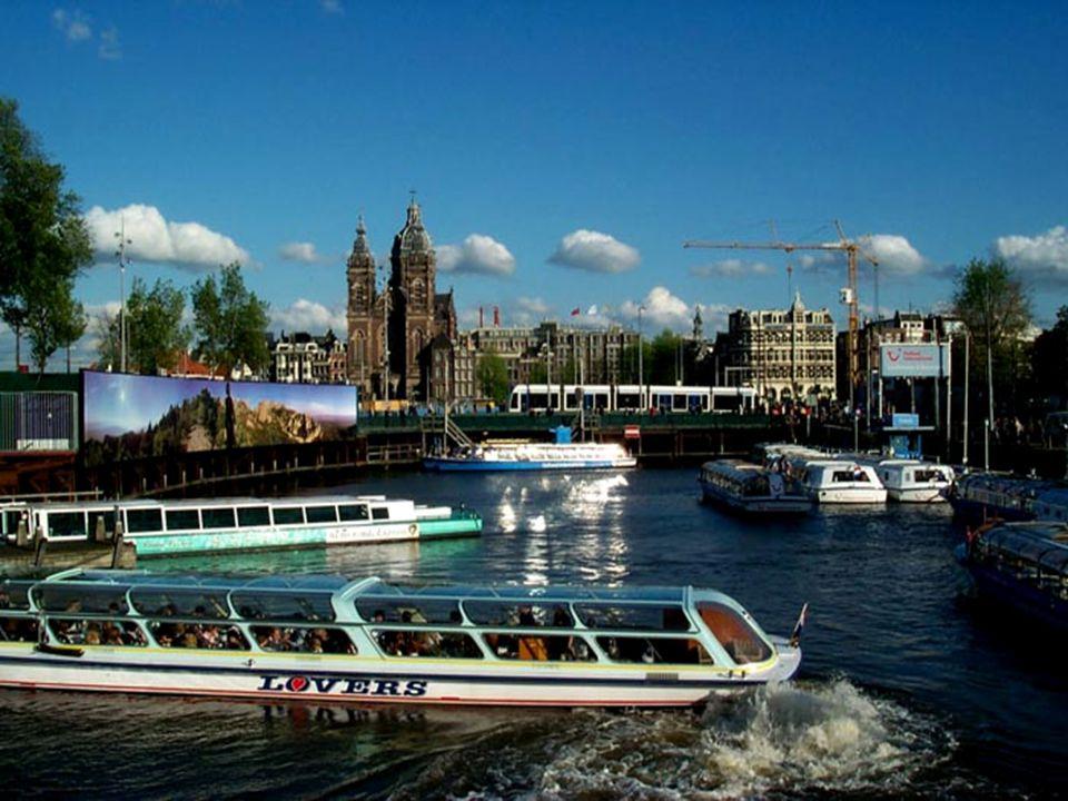 Projeďme se spolu kanály v holandském Amsterdamu
