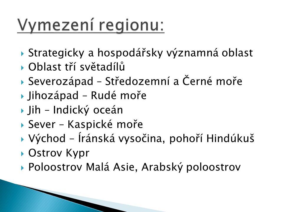  9 251 km²  1,1 mil.obyvatel  Nikósie  republika  řečtina, turečtina  od r.
