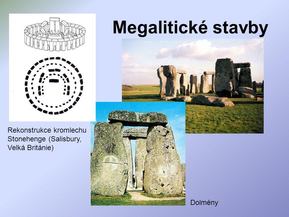 Megalitické stavby Dolmény Rekonstrukce kromlechu Stonehenge (Salisbury, Velká Británie)