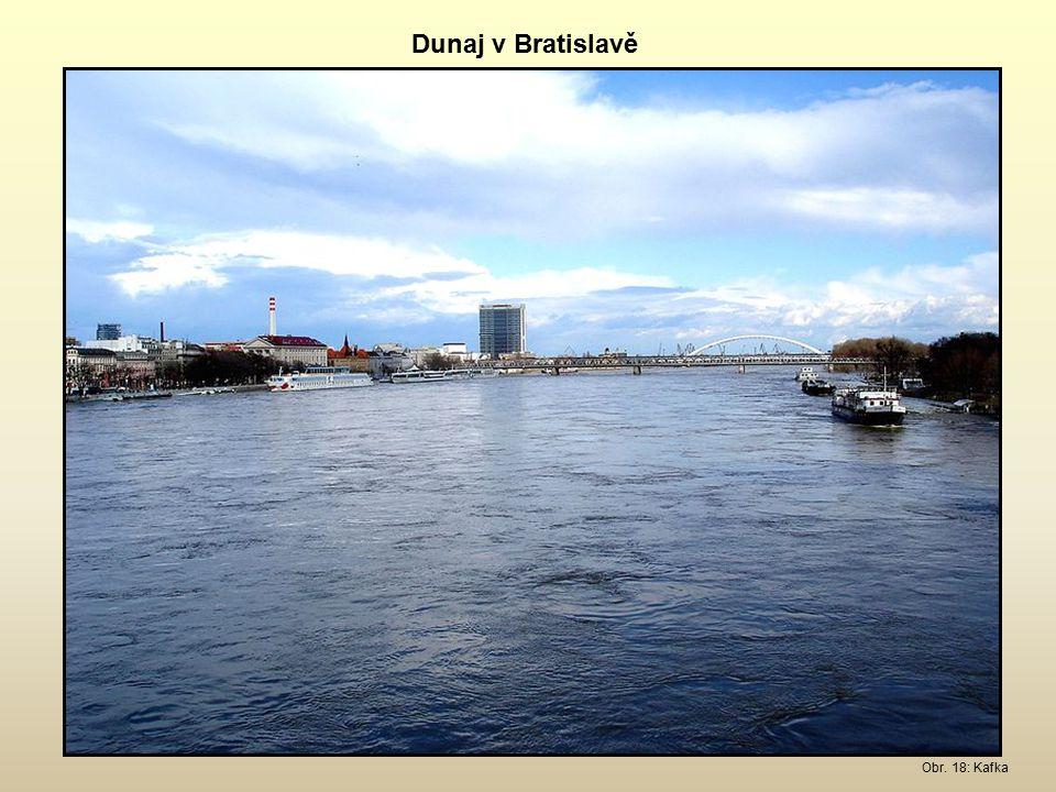 Dunaj v Bratislavě Obr. 18: Kafka