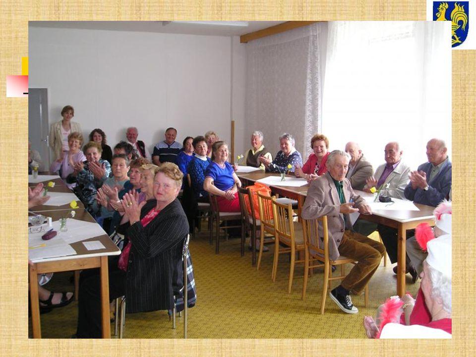 Klub seniorů - pozvánka Klub seniorů při KSK OÚ Pržno, zve své členy na pravidelné setkání spojené se zdravotní přednáškou paní MUDr.