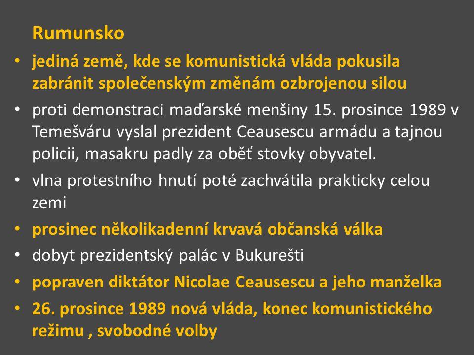 Sametová revoluce = období změn v Československu mezi 17.