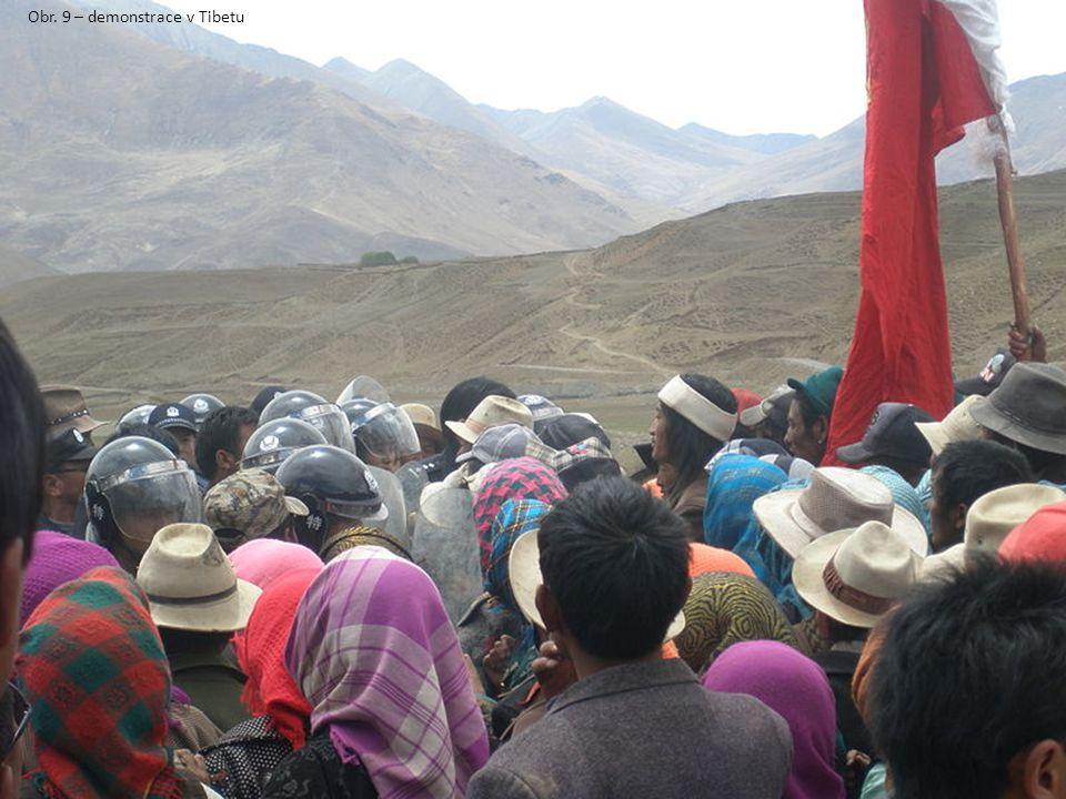 Obr. 9 – demonstrace v Tibetu