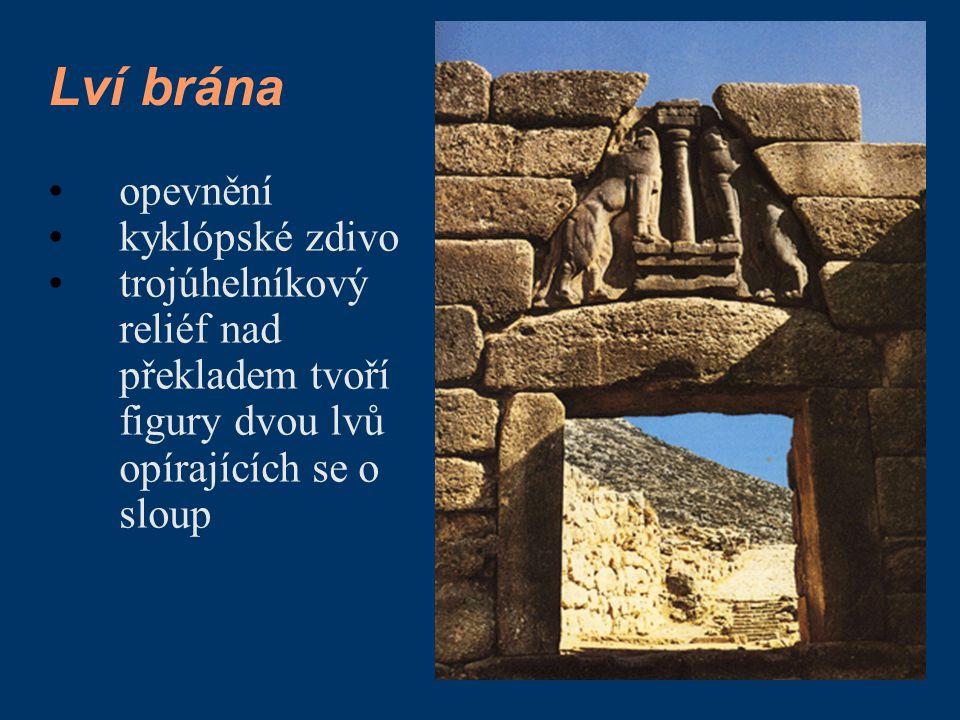 Lví brána opevnění kyklópské zdivo trojúhelníkový reliéf nad překladem tvoří figury dvou lvů opírajících se o sloup