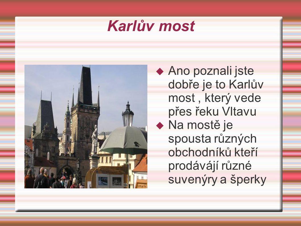 Hradčany  To je ale výhled co? Nebojte se na Pražský hrad se dostaneme, ale i tak je to krásný