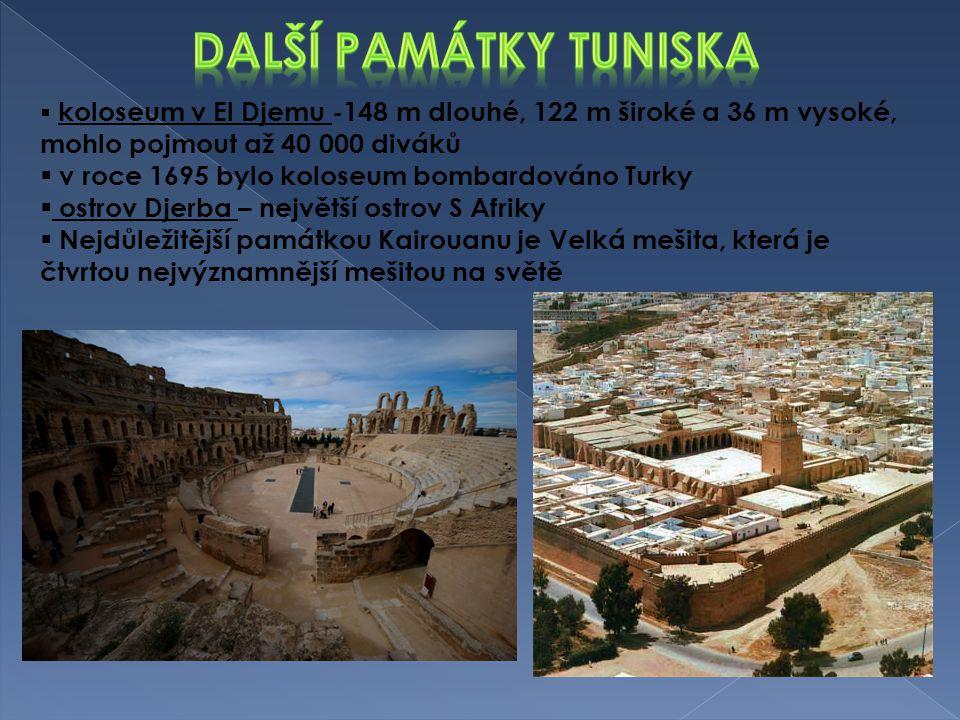  koloseum v El Djemu -148 m dlouhé, 122 m široké a 36 m vysoké, mohlo pojmout až 40 000 diváků  v roce 1695 bylo koloseum bombardováno Turky  ostro