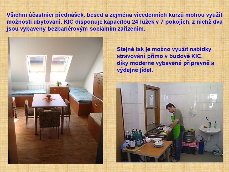 Všichni účastníci přednášek, besed a zejména vícedenních kurzů mohou využít možnosti ubytování. KIC disponuje kapacitou 24 lůžek v 7 pokojích, z nichž