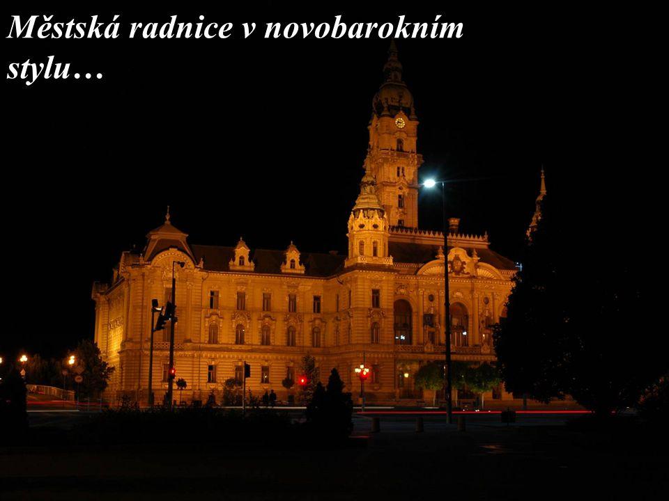 Městská radnice v novobarokním stylu…