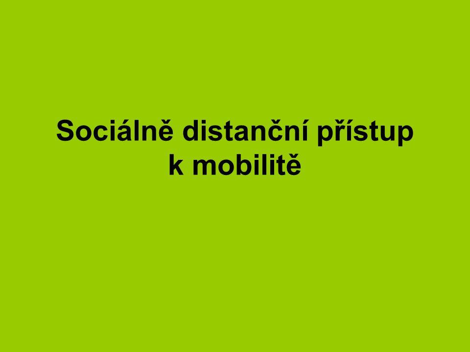 Sociálně distanční přístup k mobilitě
