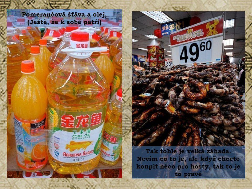 Rýžová mouka Různ é druhy masa na hromadě, kterou se lze přehrabávat