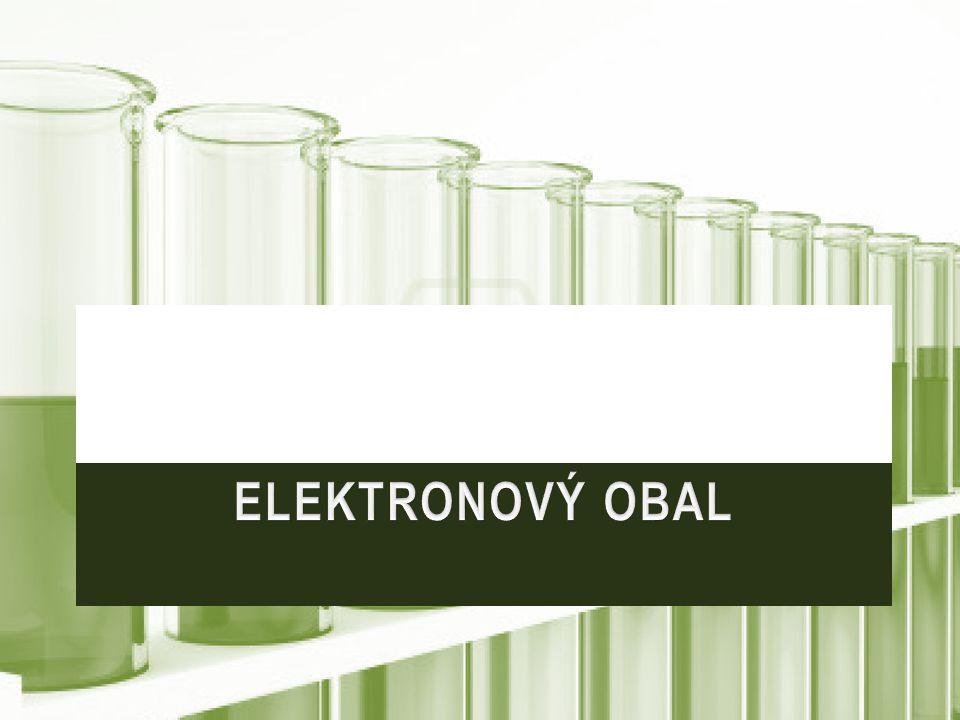 Elektrony se pohybují kolem jádra atomu v orbitalech.