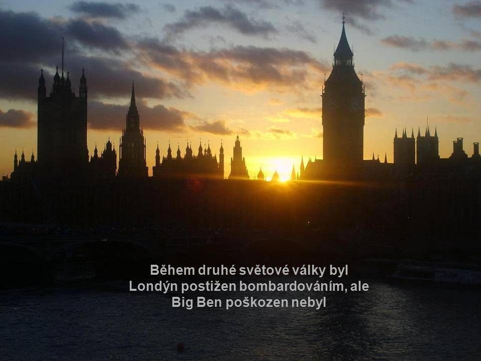 Jedná se o největší hodiny v Británii