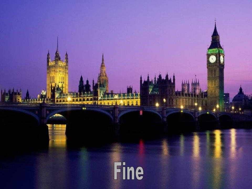 K posílení sounáležitosti Big Benu s královstvím, je ciferník v průběhu zasedání britského parlamentu osvětlen.