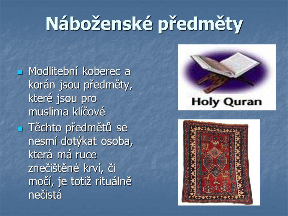 Náboženské předměty Modlitební koberec a korán jsou předměty, které jsou pro muslima klíčové Modlitební koberec a korán jsou předměty, které jsou pro