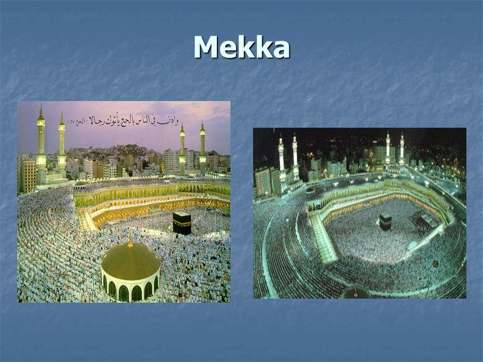 Speciálně léčebné a preventivní metody Islám přikazuje pravidelné čištění zubů Islám přikazuje pravidelné čištění zubů Střídmost v jídle při dodržování Ramadánu Střídmost v jídle při dodržování Ramadánu Islám doporučuje jíst med k léčbě a prevenci různých nemocí Islám doporučuje jíst med k léčbě a prevenci různých nemocí
