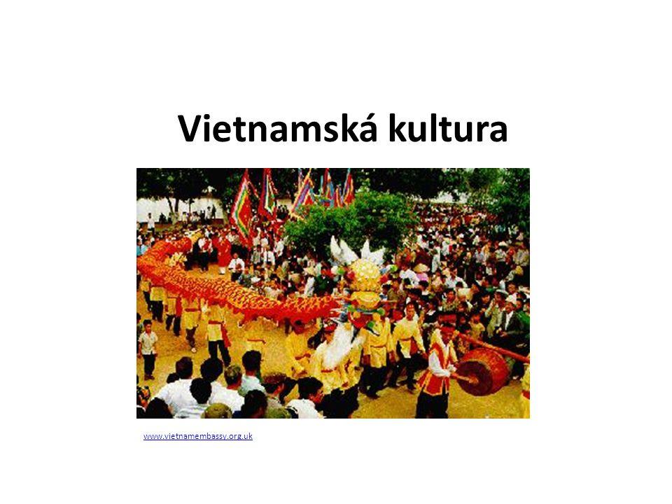 Tradiční vietnamská kultura Vietnamský tanec http://www.vietnamembassy.org.uk/culture.html http://en.wikipedia.org/wiki/Culture_of_Vietnam http://artblogcomments.blogspot.cz/2010/04/my-old-pal-philip-clendaniel- from.html