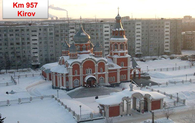 Km 3335 Novosibirsk - třetí největší město Ruska Novosibirsk - třetí největší město Ruska